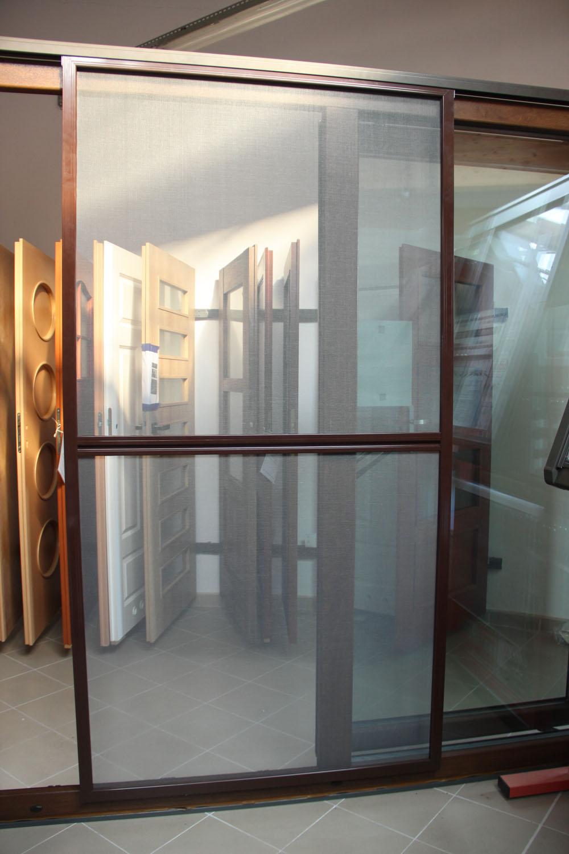 MOSKITIERY - Oferta Motilove - Moskitiery okienne, tarasowe, przesuwne, rolowane, plisowane