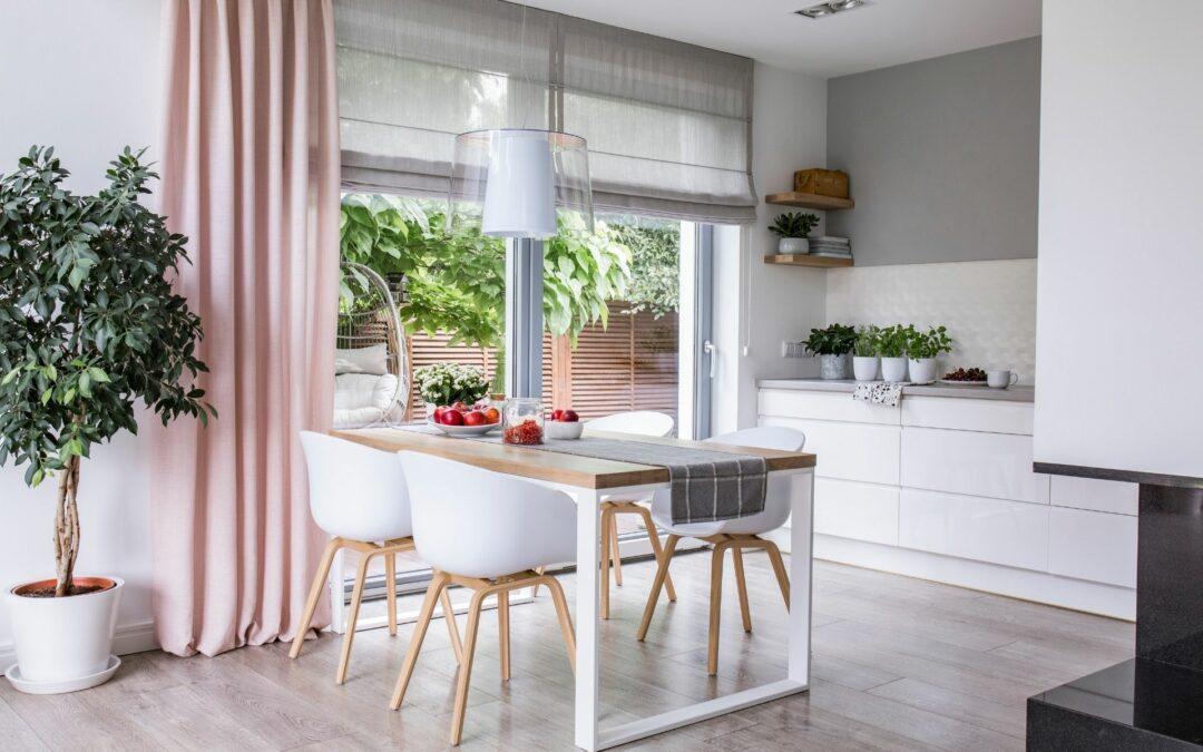 Jak wybrać eleganckie zasłony do nowoczesnego domu?